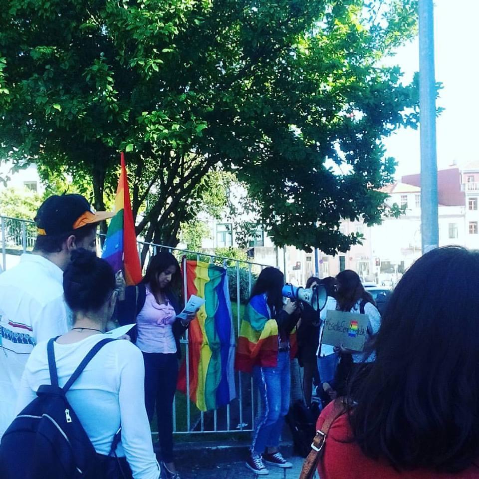 #EscolaSemHomofobia no Porto, a partir do Facebook de Sara Azul.