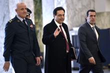 Primeiro-ministro libanês à chegada ao Conselho de Ministros esta segunda-feira. Foto de WAEL HAMZEH/EPA/Lusa.