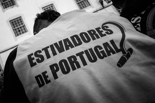 "Estivadores denunciam ""estado antidemocrático"" nos portos"