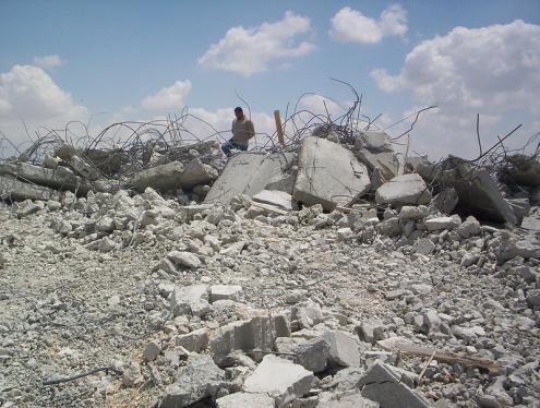 Casa palestiniana destruída em Jerusalém Leste. Maio de 2005.