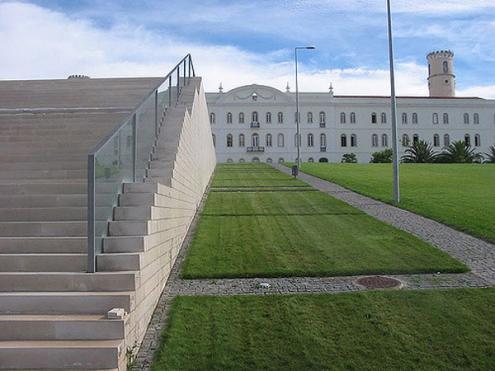 Governo quer reduzir vagas nas universidades de Lisboa e Porto
