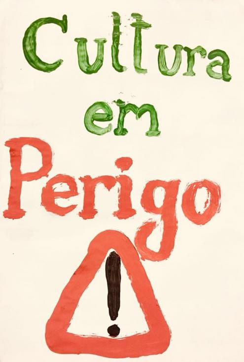 """""""Cultura em perigo"""", pancarta da manifestação de 6 de abril."""