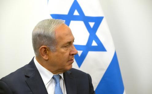 """Benjamin Netanyahu, acaba de assinar com o primeiro-ministro polaco um documento em que branqueia a """"a nação polaca no seu conjunto"""" do genocídio de mais de dois milhões de pessoas judias durante a Segunda Guerra Mundial"""