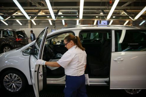 Fábrica da Autoeuropa passa a trabalhar aos sábados