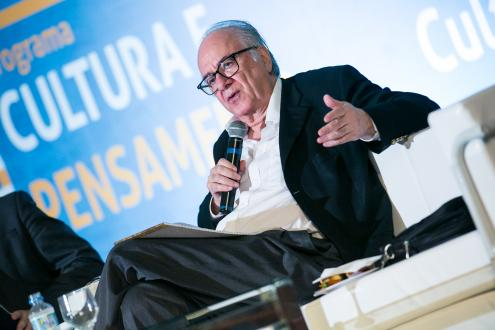 PS foi pressionado a não ir a encontro solidário com Lula, diz Boaventura Sousa Santos