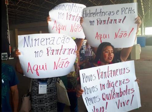 """Em Brasília, o Fórum Alternativo Mundial da Água (FAMA 2018) reúne milhares de participantes sob o lema """"Água é um direito, não é uma mercadoria!"""""""