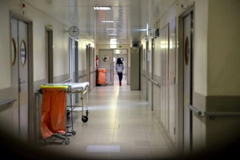 A média dos 53 países europeus que participam no programa revelaque apenas 69% de doentes estão identificados, a maioria não está em tratamento (58%) e apenas 36% dos doentesem tratamento deixaram de poder transmitir o vírus.