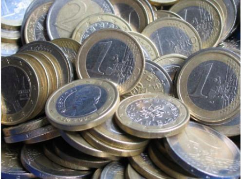 As classes salariais inferiores a 600 euros também diminuíram, já que, neste escalão, o emprego caiu em média 14% num ano até ao final do segundo trimestre.