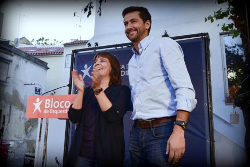 Catarina Martins e Ricardo Robles, no comício deste sábado, na Mouraria. Foto de Paulete Matos.