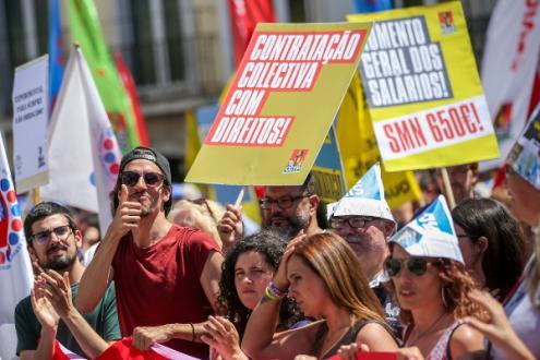 Manifestação da CGTP contra a proposta do governo sobre alterações às leis laborais - Foto de José Sena Goulão/Lusa