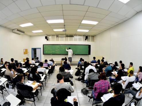 """O repetido """"chavão"""" da aposta na """"escola inclusiva"""", não faz desaparecer a realidade dos alunos com NEE que têm vindo a aumentar na ausência até de medidas preventivas em idade precoce"""