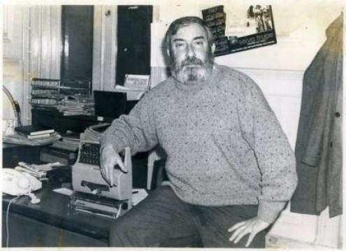 """""""Assis Pacheco era mesmo de flanar, de falar e sobretudo de escrever"""". Foto ProParnaíba"""