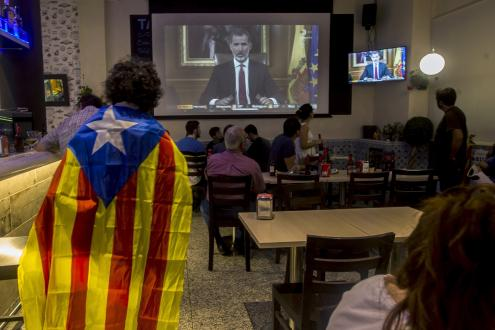 """Rei acusa governo da Catalunha de """"deslealdade inadmissível"""""""