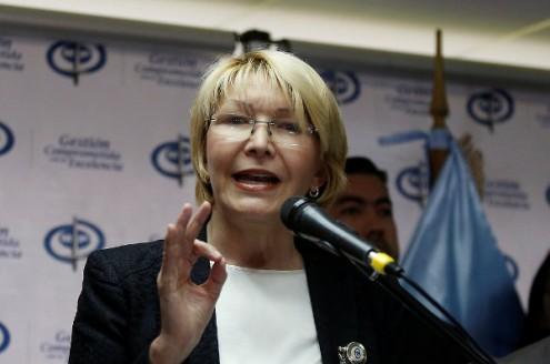 Vaticano pede a Maduro que suspenda Assembleia Constituinte — Venezuela