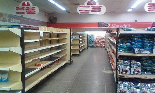 Os produtos que faltam são cada vez mais numerosos – Foto aporrea.org