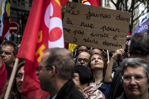 Foto da manifestação em Lyon, esta terça-feira, de Laure Al-khoury/ Twitter.