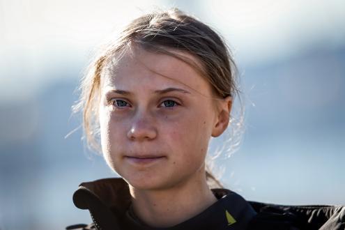 """""""Não iremos parar"""", alerta Greta Thunberg à chegada a Lisboa"""