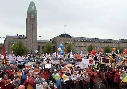 Manifestação paralisou Helsínquia