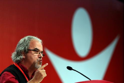 """José Manuel Pureza afirmou que """"fica provado portanto que sob o pretexto de travar a extrema-direita, os governos europeus aplicam a política da extrema-direita"""" - Foto de Tiago Petinga/Lusa  (arquivo)"""
