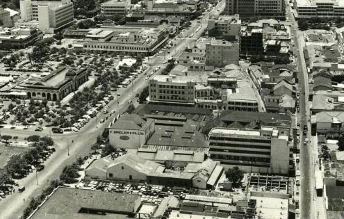 Lourenço Marques, atual Maputo, nos anos 50: Uma cidade colonial. Foto publicada em https://delagoabayworld.wordpress.com