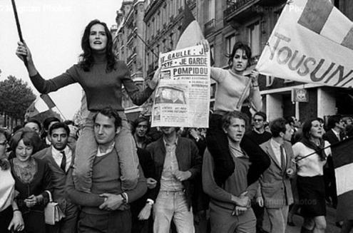 Manifestação em Paris, 1968 - Foto vientosur.info