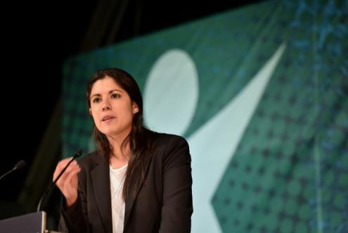 """""""Devemos alterar as metas prejudicando o investimento em serviços públicos ou devemos manter as metas e investir a folga orçamental?"""", questiona Mariana Mortágua"""