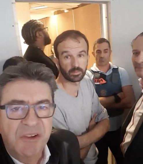 Mélenchon denuncia buscas à sede da França Insubmissa