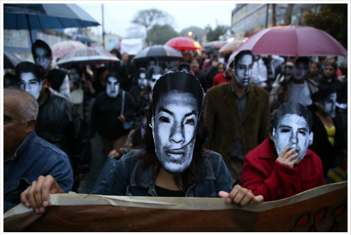 O México vive uma situação inédita, na qual, como advertiram os sonorenses que ocuparam o seu legislativo, os de cima não quiseram escutar a voz das ruas.  Montecruz Foto / Flickr