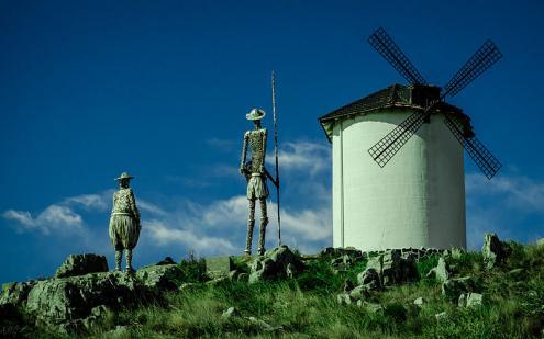 Monumento a Dom Quixote e Sancho Pança em Tandil. Foto de Alena Grebneva/wikimedia commons.