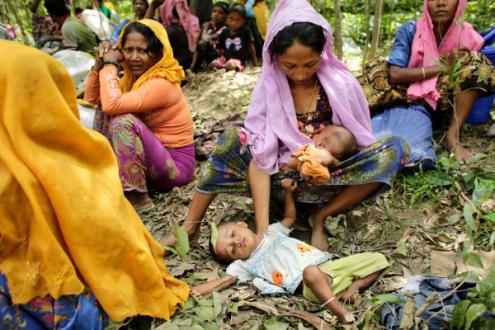 Refugiados Rohingya em Ukhiya, Cox's Bazar, Bangladesh, 11 de setembro de 2017 – Foto de Abir Abdullah/Epa/Lusa