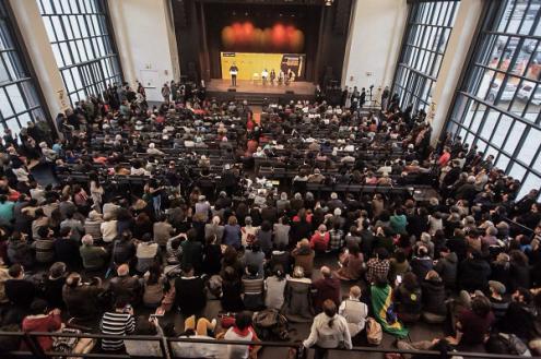 Sessão em defesa da democracia no Brasil encheu o Capitólio - Fotos mídia ninja
