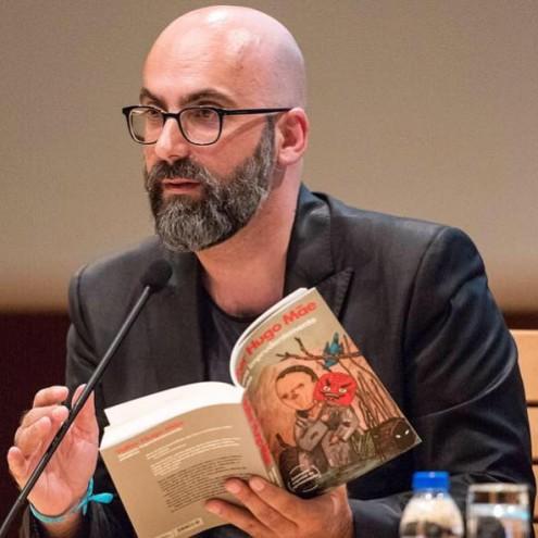 Valter Hugo Mãe na Feira do Livro do Porto. Foto da Câmara Municipal do Porto