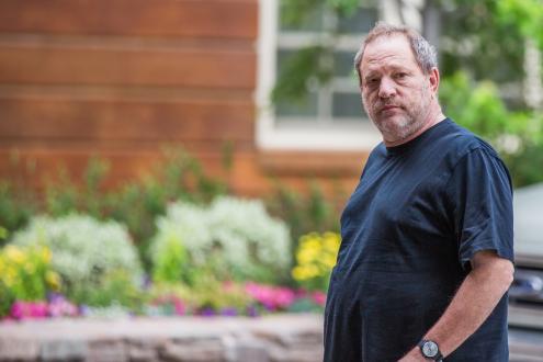 Harvey Weinstein entregou-se à polícia