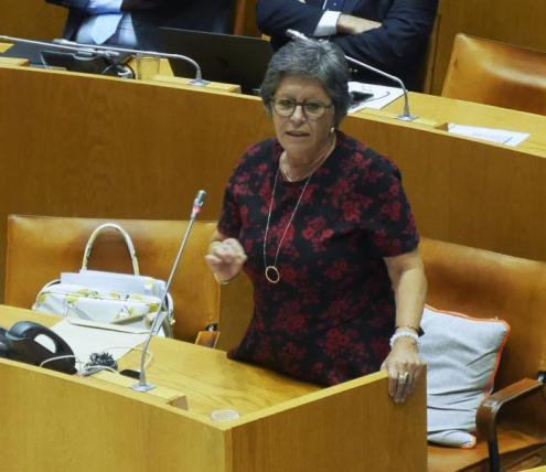 Zuraida Soares no parlamento açoriano