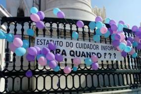Manifestantes pedem criação de estatuto do cuidador informal