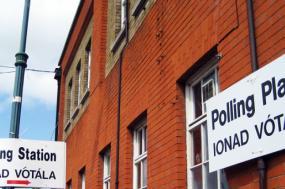 Sinal para votar, Dublin, junho de 2009. Foto de European Parliament/Flickr.
