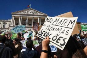 manifestação da greve estudantil climática