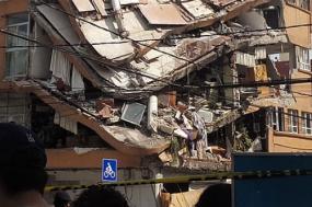 Imagem de um edifício, após o terramoto desta terça-feira, na cidade de Puebla, México. Foto de Wikipedia.