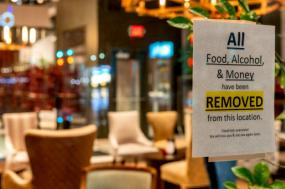 Restaurante fechado. Foto: Chad Davis/Flickr