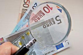 PSD, PS e PCP impedem acesso online aos rendimentos dos políticos