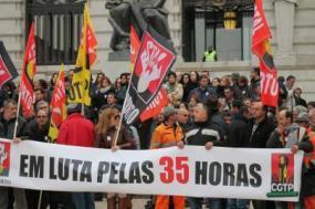 Voltar às 35 horas é na verdade repor o que já existia até ter sido posto em causa pelo governo PSD/CDS