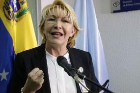 """""""Repudio todos os casos de violência no país; rejeito-os. Sou uma mulher de paz"""", declarou Luisa Ortega Díaz em conferência de imprensa"""