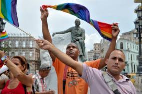 Cuba abre caminho para casamento entre pessoas do mesmo sexo