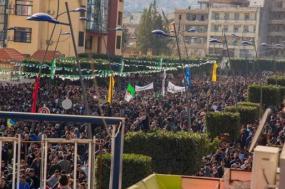 Mobilizações crescem na Argélia. Foto de Abde Slam Maouche