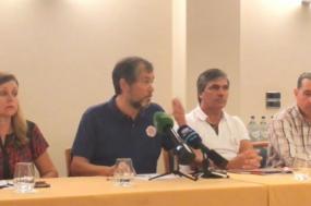Conferência de imprensa dos sindicatos de professores.