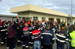 Imagem da greve dos trabalhadores da manutenção da refinaria de Sines em janeiro deste ano.