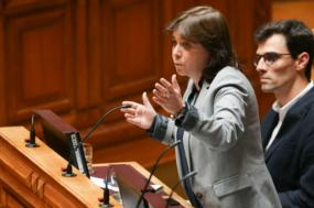 Catarina Martins desafiou António Costa a anular despacho de Manuel Pinho de 2007 e assim poupar 7% na fatura da luz – Foto Tiago Petinga