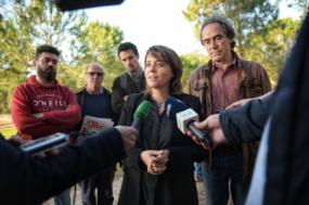 """Catarina Martins esteve com moradores e associações na Bajouca afirmando que a prospeção e exploração de petróleo """"não tem nenhum sentido"""" - Foto de Paula Nunes"""