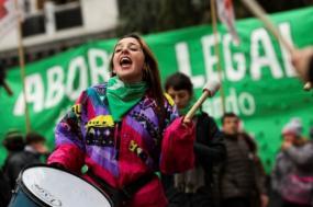 """A mobilização pela despenalização do aborto cresce na Argentina, embalada pelo movimento """"Ni Una a Menos"""""""