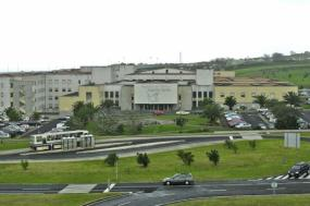 """Bloco denuncia """"teia de interesses e relações familiares"""" no Hospital de Ponta Delgada"""